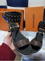 gladyatör deri sandalet kadın toptan satış-Yeni Lüks Kadınlar Popüler Deri Sandal Çarpıcı Gladyatör Tarzı Tasarımcı Deri Taban Mükemmel Düz Tuval Düz Sandal Boyutu 35-45
