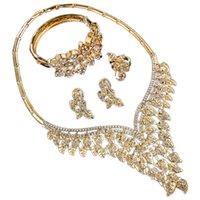 свадебные золотые украшения для невест оптовых-Big  Imitation Crystal Leaf Jewelry Set Gold Color Dubai Wedding Jewelry Sets For Brides Womens Costume