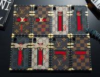 iphone fall gurt für hals großhandel-Berühmte neue stil mode telefon case für iphone x xs max xr 8 7 6 plus luxus designer halsbänder telefon abdeckung bling biene englisch