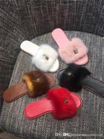 moda vison venda por atacado-Últimas Mulheres Slides Moda Chinelos com Bloqueio, Bloqueá-lo Mulas Planas em Luxuoso Mink Fur Sandálias para As Mulheres Da Praia Do Partido Tamanho 35-41