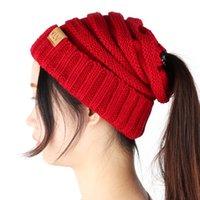 ingrosso foro di coda-100pcs regalo di Natale donne ponytail caps lavorato a maglia beanie moda ragazze inverno caldo cappello posteriore buco coda di cavallo autunno casual berretti