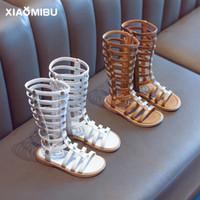 9c05ffb8643 Girls roman sandals kids rivet hollow flat sandals children High-boot  campagus boots 2019 fashion girls zipper gladiator sandals F6275