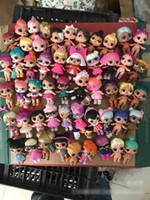 ingrosso vestiti yiwu-Originale LOL Doll Giocattoli fai da te Romdan Models doll -1 Set contiene Doll Bottle Clothes Shoes Occhiali o copricapi Set completo di giocattoli LOL
