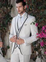 en iyi erkekler resmi takım elbiseleri toptan satış-2019 Beyaz Erkek Takım Elbise Düğün Siyah Kenar Şal Yaka Custom Made Groomsmen İyi Erkekler Sıska Örgün Smokin Casual Balo Parti 3 Parça