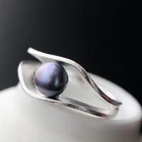 anillo de perlas negro plata esterlina al por mayor-Joyas de lujo S925 anillos de plata de ley natural negro perla hecha a mano de plata cepillada anillos abiertos para las mujeres de moda caliente