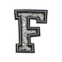 f алфавит оптовых-F письмо исправление горный хрусталь патч шить железа на алфавит значки вышитые аппликации черный серебро ручной работы для мешок джинсы шляпа футболка DIY