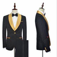 balo için özel blazerler toptan satış-Siyah Altın Trim Ile Şal Yaka Bir Düğme Moda Erkek Smokin Balo Düğün Akşam Parti Için (Blazer + Pantolon) Custom Made