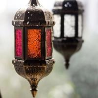 lanternas clássicas venda por atacado-Estilo marroquino Latarenka Suporte de Vela Pendurado Na Parede de Metal Clássico Lanterna para Festa de Casamento Decoração de Casa Clássica Vela de Metal