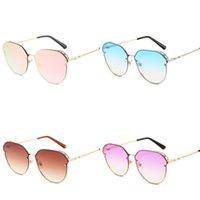 rosa metall brillenfassungen groihandel-Luxus Designer Sunglass Frauen Retro Brillen Aushöhlen Eyewear Uv Proof Großen Metallrahmen Elegante Blau Rosa 16kdd D1