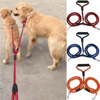 correas trenzadas al por mayor-Correas para perros dobles Cuerda de nylon doble Correa para mascotas Trenzado enredado Cuerda de tracción de entrenamiento de mascotas de nylon doble 3 colores