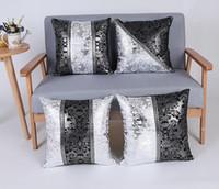 tampas de travesseiro de prata preto venda por atacado-Floral Impresso Fronha de Luxo Preto e Prata Capa de Almofada Decorativa Fronha Sofá Cama Decoração de Casa
