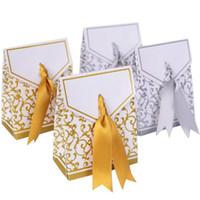 şeker düğün lehim kutuları gümüş toptan satış-Altın Gümüş Tatlı Aşk Şeker Kutuları Şerit Düğün Favor Parti Malzemeleri Hediye Şeker Kağıt Kutusu Kutuları