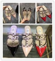 espadrille mulheres venda por atacado-2019 venda quente das mulheres planas valen alpercatas de sapatos de sapatos chinelos de couro de patente sandálias flip flop 34-41