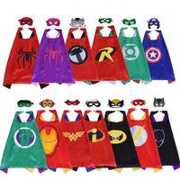 kaliteli cosplay kostümleri toptan satış-Çift taraflı süper kahraman pelerin ile maske seti En kaliteli 70 * 70 CM çocuklar Superhero cosplay Cadılar Bayramı kostümleri çocuk Saten parti iyilik