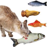 travesseiro 3d cat venda por atacado-Simulação peixe Brinquedo De Pelúcia Presente 3D Peixe gato Jogando Brinquedo Para Presentes Pet Catnip Peixe Recheado Travesseiro Boneca