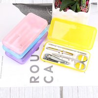 ingrosso trimmers di plastica-Unghie unghie Unghie unghie Set di scatole di plastica Set di 4 pezzi in acciaio inox 4 pezzi Kit di strumenti per unghie Manicure Set di forbici per unghie DH1390