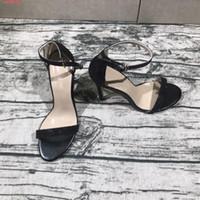ingrosso scarpe stiletto alla moda-Le scarpe col tacco alto alla moda e sexy con fibbia ad ardiglione con fibbia ad una parola mostrano sandali con tacco in pelle a punta