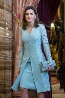 coluna vestido jaqueta longa venda por atacado-Elegante Ao Ar Livre Mãe De Vestidos De Noiva Ternos Curtos de Duas Peças de Manga Longa Azul Do Noivo Vestido Da Mãe Para O Casamento Do Laço Uk Árabe vestido de Noite