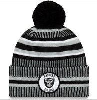 faiblesses des prix d'usine achat en gros de-Nouveau Sideline Beanies Skull Caps Chapeaux Football Américain 32 équipes Sport hiver côté tricot casquettes Beanie Tricoté Chapeaux Prix usine