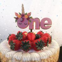 gâteau d'anniversaire violet achat en gros de-Licorne Parti Fournitures Un Seuls Drapeaux De Mariage Décoration Anniversaire Acrylique Rose Pourpre Gâteau Dessert Table Drapeau Creative 2 4axD1