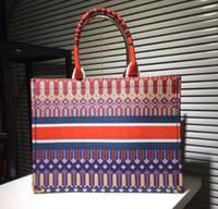 многоцветные сумочки оптовых-Классические женские большие XXL красочные цветы Дизайнерские сумки Многоцветные пляжные сумки Сумки на плечо Сумки для покупок Вместимость Женская сумка