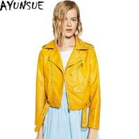 veste en cuir jaune dames achat en gros de-AYUNSUE 2016 Nouveau Mesdames veste en cuir noir taille Ajustable Pu Faux cuir Veste femme jaune court Outwaer chaud Vente LX492