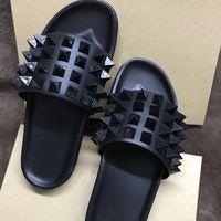 ingrosso sandali confortevoli rossi-Pantofole design da uomo Infradito di lusso Infradito Sandali inferiori rossi In vera pelle con scarpe a spillo Scarpe da spiaggia comode e nere da uomo