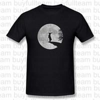conejo negro corto al por mayor-Los conejos de conejito hombre lobo conejo liebre de la luna La luna llena Aullido para hombre Negro de manga corta manera de las tapas de cuello redondo T Shirts Tamaño S M L XL 2XL 3XL