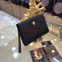 siyah deri zarf debriyajı toptan satış-Erkek siyah Iş debriyaj çanta deri zarf klip moda trendi çantalar çanta Metal logosu
