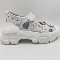 ingrosso scarpe in pelle suola-Mens Mash Sandali di cristallo delle viti prigioniere delle donne pattini del progettista di lusso Estate traspirante in gomma fondo della calzatura Sandalo Suola con la scatola HZD25