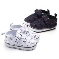 bebek kumaş sandaletler toptan satış-Yenidoğan Bebek Bebek Kız Erkek İlkbahar Yaz Casual Hollow Sandal Ayakkabı Pamuk Kumaş Baskı Kanca Yumuşak Bebek Fretwork Ayakkabı 0-18 M