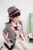 ingrosso ragazza di primavera del rivestimento di stile coreano-Cute Line Pink Girls Giacche 2016 Primavera bambini coreano New Girls Giacche Kids Slim Stripe Suit Jacket Neonate New Fashion Giacche
