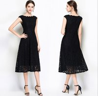 schwarze spitze weißes kleid großhandel-Lace A Linetype Prom Party Kleider New Black Long Section Wave Kragen Fashion A Word Rock White Lace Formale Abendkleider DH384
