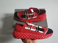 italien-kleidschuhe für männer großhandel-Mode Luxus Designer Schuhe für Mann Frauen Urchin Kleid Snesakers hochwertige spiny Sole Italien Freizeitschuhe mit Original-Box Größe 35-46