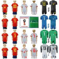 camisetas juveniles de españa al por mayor-Conjuntos de camiseta de fútbol juvenil de España Niños 2019-2020 PIQUE BUSQUETS THIAGO DE GER CASILLAS Kits de camiseta de fútbol para niños con pantalón corto