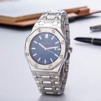 синие часы оптовых-Продвижение Продажа Мода Мужские Роскошные Часы teel Топ оффшорных Кварцевый Механизм Синий Циферблат Мужские Дизайнерские Роскошные Часы Royal Oak Clock