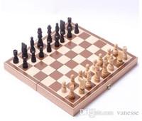 ingrosso scacchi internazionali-Set di scacchi pieghevole in legno internazionale Set di pezzi Gioco da tavolo Gioco divertente Collezione di scacchi Gioco da tavolo portatile