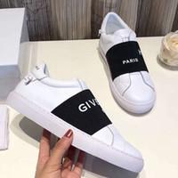 kadınlar için en iyi parti ayakkabıları toptan satış-Tasarımcı Ayakkabı Adam Için En Kaliteli Çivili Spike Flats ayakkabı Kadın glitter Parti Severler Hakiki Deri rahat AB 35-44 toy99 Tarafından
