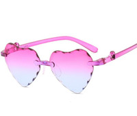 kız kalp güneş gözlüğü toptan satış-Çocuklar Kalp Şeklinde Güneş Gözlüğü Moda Uv Gözlük Yürüyor Kızlar Güneş Kremi