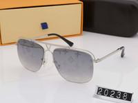 vintage sonnenbrille neues modell großhandel-neues Luxuslogo sunglass Haltungssonnenbrillegoldfeldquadratmetallfeldweinleseartentwurf im Freien klassisches vorbildliches Mannfrauen heißes 2019
