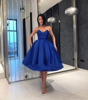 robe de soirée à volants bleus achat en gros de-Volants Bleu Royal Elegant Robes De Bal En Robe De Bal Chérie Courtes Robes De Soirée De Bal Pas Cher Au Genou Robe De Cocktail
