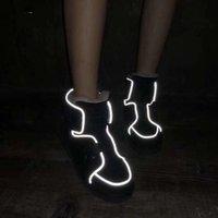 kürk ayakkabıları siyah kadınlar toptan satış-Kadınlar için 2020 klasik avustralya kış botları siyah, mavi, pembe kahve tasarımcı kar kürk çizme ayak bileği diz ayakkabı mf19100807 womens kestane