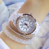 rhinestones de reloj de pulsera blanco al por mayor-2018 reloj de pulsera de lujo superior de la marca para las mujeres blancas de las señoras de la banda de cerámica moda mujer de cuarzo relojes pedrería negro BS