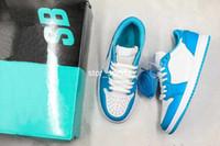 filé tozu toptan satış-2019 Yeni Nike SB x Air Jordan 1 Low Düşük UNC Womens Erkek Koşu Ayakkabı Koyu Toz Mavi Beyaz 1 s Tasarımcı Basketbol Sneakers CJ7891-401 US5.5-12