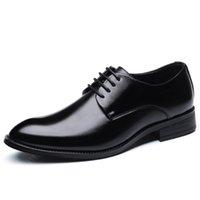 bonne tenue achat en gros de-Quatre Saisons New Pop Nice Hommes Mode Unique Chaussures Hommes À Lacets En Cuir Chaussures Habillées Affaires Mâle Grand Taille Casual Appartements