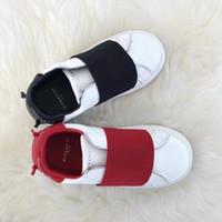 ingrosso scarpe da ragazzi 8.5-Neonato e ragazza sneaker 2019 marchio lettere stampate breve stivali moda stile bambini casuali scarpe basse EUR TAGLIA 22-37