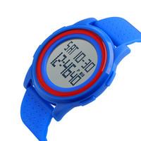 ingrosso orologio giapponese resistente all'acqua-8mm Ultra Thin Watches for Men Sport 50m Water Resistant Fashion Orologio semplice Conto alla rovescia con movimento giapponese importato