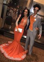 turuncu kırmızı halı elbiseleri toptan satış-2019 Yeni Sheer Uzun Kollu Turuncu Gelinlik Modelleri Mermaid Aplike Afrika Siyah Kızlar Abiye giyim Kırmızı Halı Elbise Artı Szie Parti Elbise