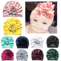 ingrosso beanie per bambini-New Gold Velvet Turban Hat For Baby Kids Newborn Beanie Elegante Top Copricapo Compleanno Party Party Photo Puntelli F2137