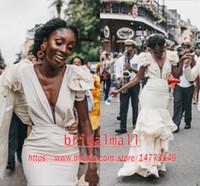 vestidos de novia de playa de vuelta volantes al por mayor-Africano 2020 Elegantes volantes Organza Sirena Vestidos de novia Faldas escalonadas Vaina Playa Boho Vestidos de novia Corbata Lazo Volver Vestidos de novia sexy